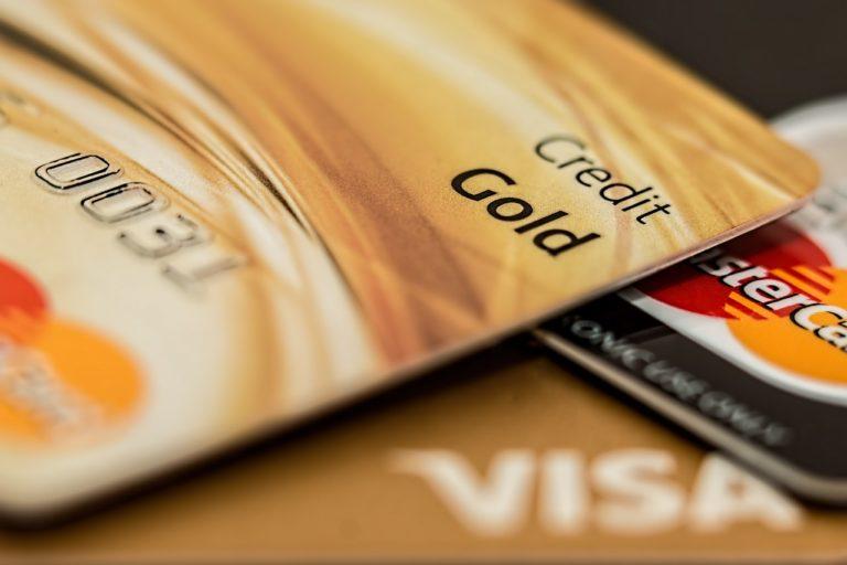Doradca kredytowy – jaki kredyt na samochód?