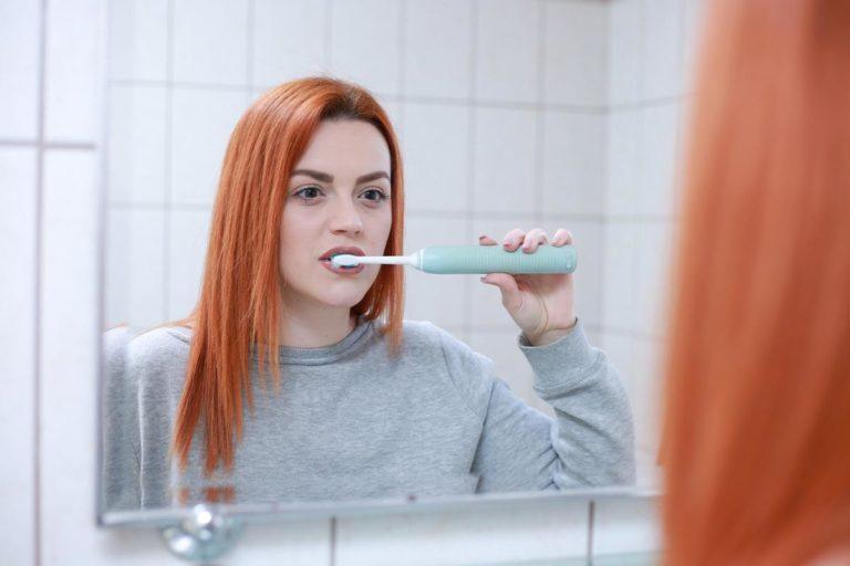 Najlepszy aparat ortodontyczny cena – czy jest konieczny?