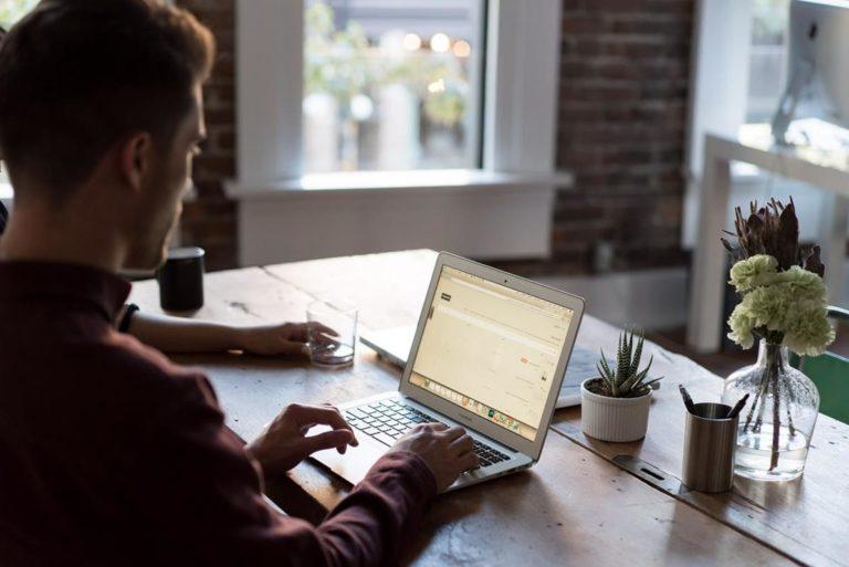 Naszą pracą jest edukacja w zakresie marketingu internetowego Świetnym